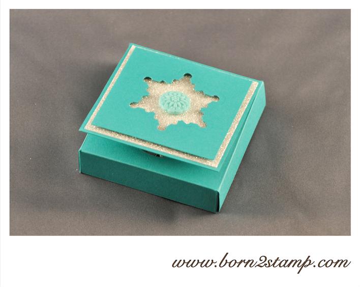 Stampin' UP! Teelichterbox mit Festive Flurries und Art déco und Reliefakzente in InColor