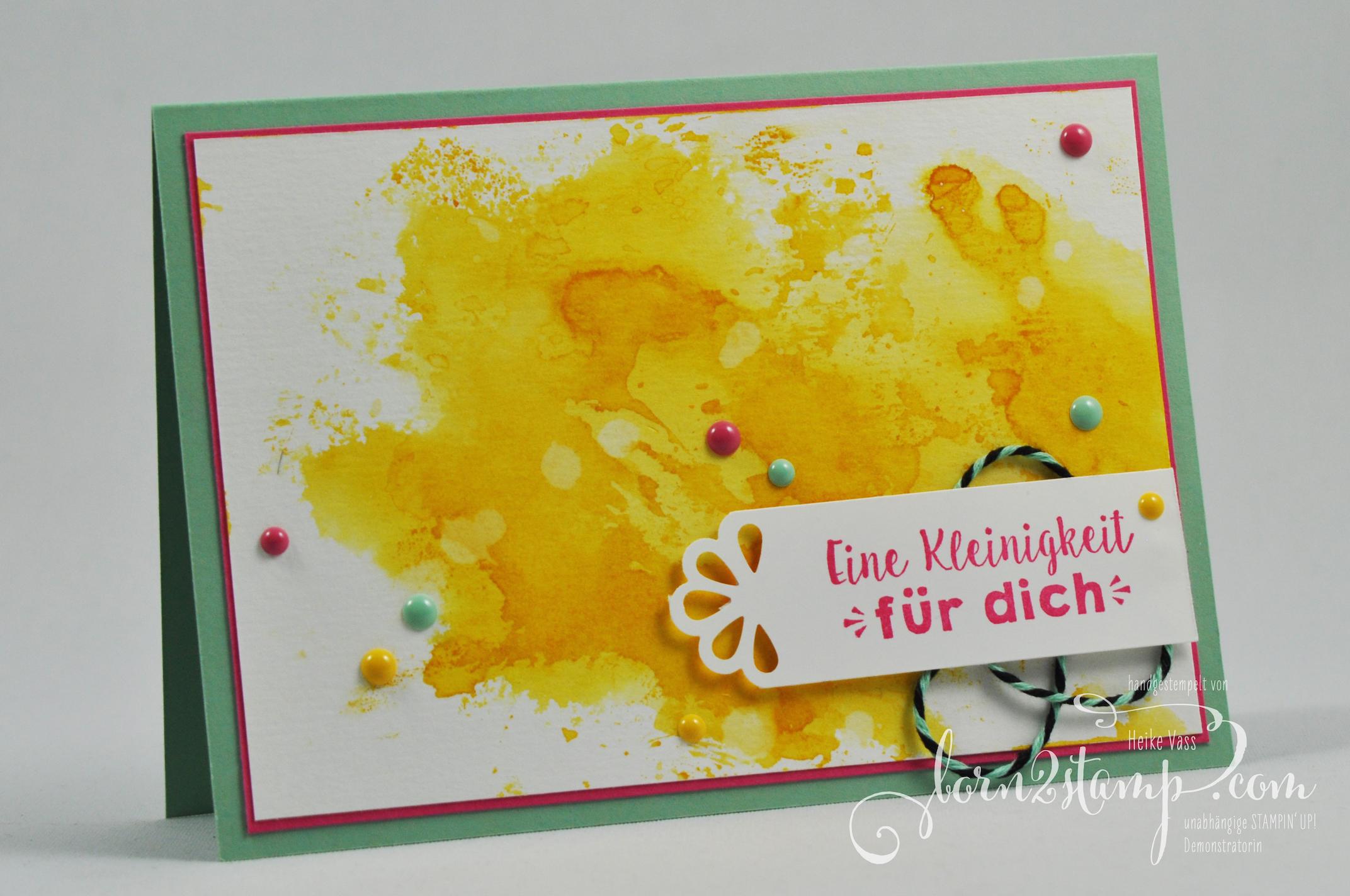 born2stamp STAMPIN' UP! Geburtstagskarte – Party-Gruesse – Lack-Puenktchen – Trio Stanze Elegante Ecken – Aquarell