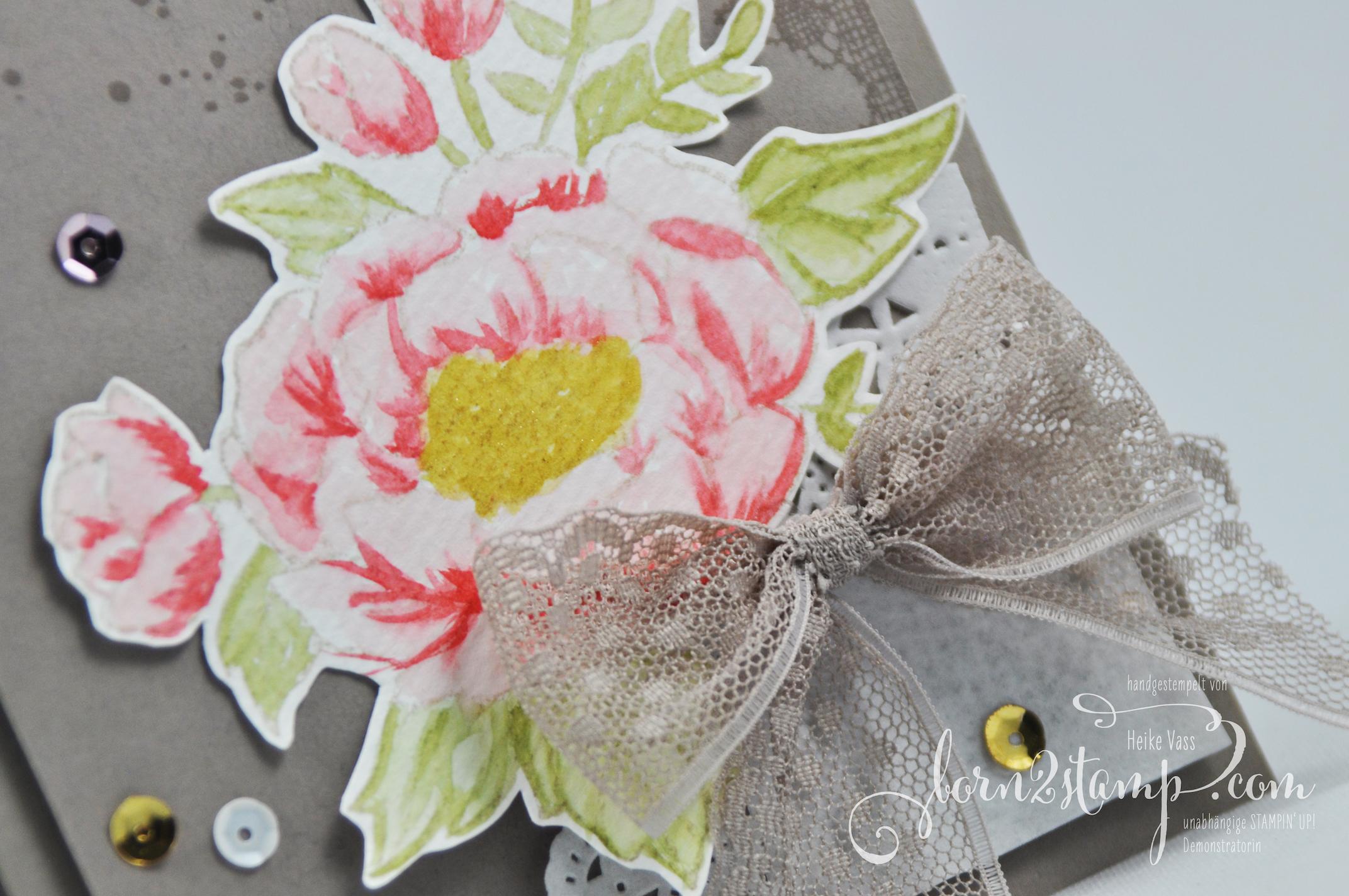 born2stamp STAMPIN' UP! Mutertagskarte – Geburtstagskarte – Geburtstagsblumen – Timeless Textures – Glitzer-Pinselstift – Puenktchen-Spitzenband