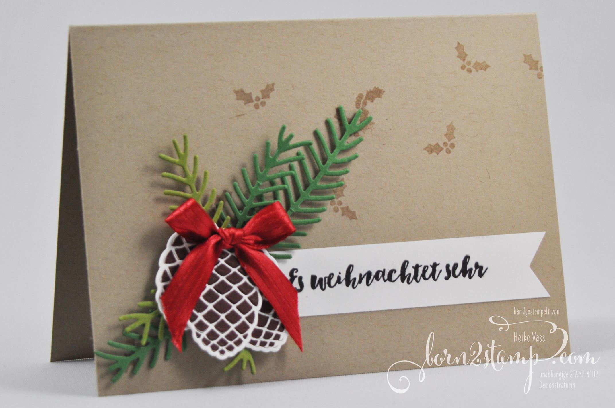 born2stamp STAMPIN' UP! Weihnachtskarte – Tannenzauber – Thinlits Tannen und Zapfen – Satinband