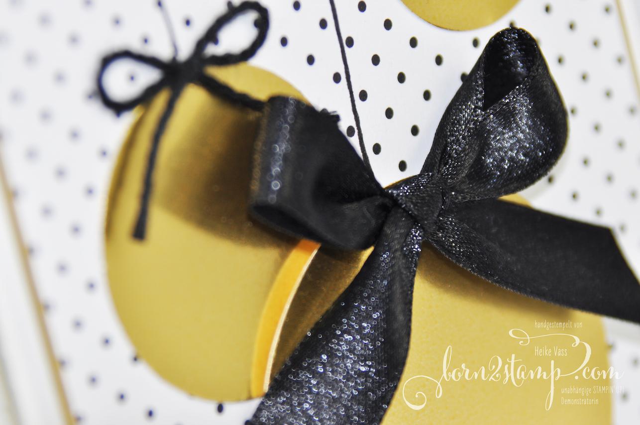 born2stamp STAMPIN' UP! INKSPIRE_me Weihnachts-Special – Weihnachtskarte – Weihnachtshirsch – Goldfolie – DSP Schmetterlingsvielfalt